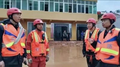 - Çin'de Şiddetli Yağmur Ve Sel: 6 Ölü