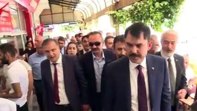 Bakan Kurum, esnaf ziyaretlerinde bulundu, vatandaşlarla sohbet etti - ISPARTA