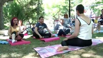 Şeker hastalığından ameliyatla kurtuldular, yoga yapıp ilaçlarını çöpe attılar