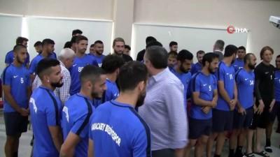 naat - Karacabey Belediyespor'a baklavalı moral