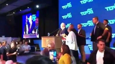 Netanyahu apar topar kaçırıldı