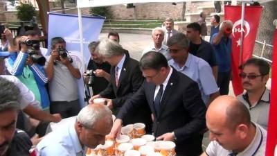 Tokat'ta 3 bin kişiye aşure ikramı