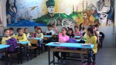 - Uşak'ta yeni eğitim öğretim yılı başladı
