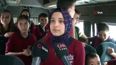 Okul servisi değil minibüs...Beyoğlu'nda okul servis denetimlerinde şok görüntü