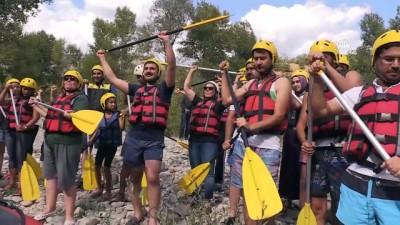 Sağlıklı yaşam için rafting yaptılar - TUNCELİ