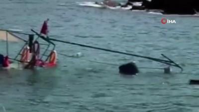 muhalefet -  Tekne battı, balıkçılar seferber oldu
