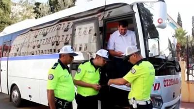 Alaşehir'de öğrenci servisleri denetlendi