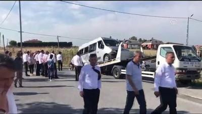 Beylikdüzü'nde okul servisi kaza yaptı (3) - İSTANBUL