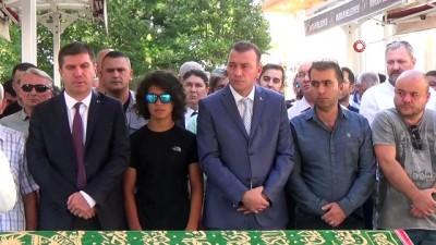 Genç paraşütçü memleketi Burdur'da toprağa verildi