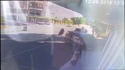 Suşehri'nde trafik kazası: 2 yaralı (2) - SİVAS