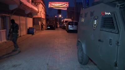 istihbarat -  Bingöl merkezli 14 ilde HTŞ ve DEAŞ operasyonu: 38 gözaltı