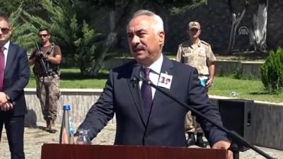 Diyarbakır'daki terör saldırısının sivil şehitleri son yolculuklarına uğurlanıyor (2) - BATMAN