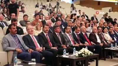 Metin Feyzioğlu: 'Bu vatanı bölmek isteyenler asla başaramayacaklar'