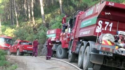 7 Helikopter 2 saatte Orman yangınını güçlükle kontrol altına aldı