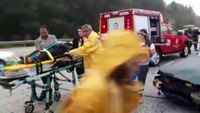 İki otomobil çarpıştı: 2 yaralı - DENİZLİ
