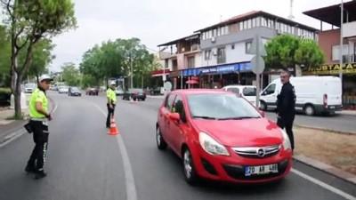 Polisten okul çevrelerinde denetim - DENİZLİ