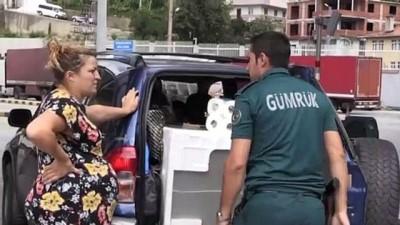 Sarp Sınır Kapısı'ndan geçişlerde yolcu sayısı azaldı, araç sayısı arttı - ARTVİN