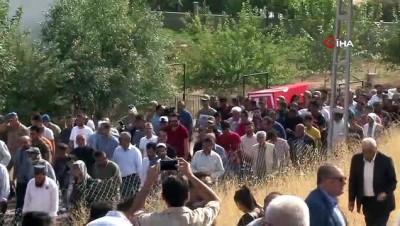 yasam mucadelesi -  Şehit Abdullatif Emen Şehit babasının yanına defnedildi