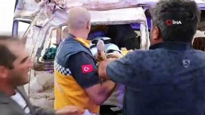 Üniversite kaydı için minibüs ile gittikleri Nevşehir'den dönerken kaza yaptılar: 8 yaralı
