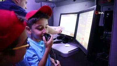 sosyal sorumluluk -  Minikler, uçuş simülatöründe pilotluk deneyimi yaşadı