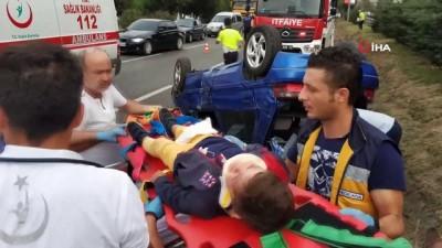 Yemekten dönen ailenin bulunduğu araç takla attı: 5'i çocuk 9 yaralı