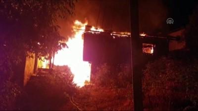 4 ahşap ev yandı - ORDU
