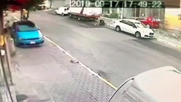 silahli saldirgan -  Gaziosmanpaşa'daki motorlu saldırganlar adliyeye sevk edildi...Saldırganların kaçma anı kamerada