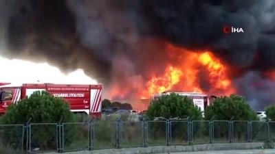Tuzla'da polyester fabrikasında yangın Haberi
