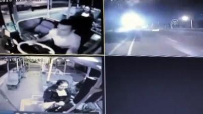 halk otobusu - Özel halk otobüsü ile otomobil çarpıştı: 5 yaralı (2) - NİĞDE
