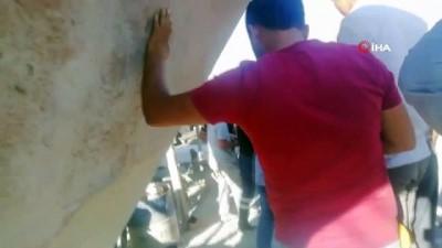 - Taş öğütme makinasına düşen işçiler yaralandı