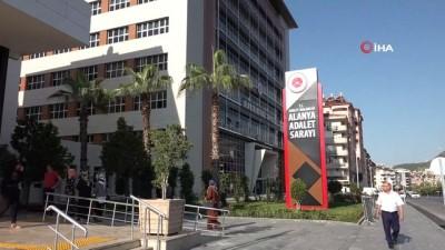 Alanya'da kredi kartı dolandırıcılığına 2 tutuklama