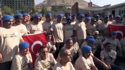 'Mavi bereliler' Mardin'de buluştu