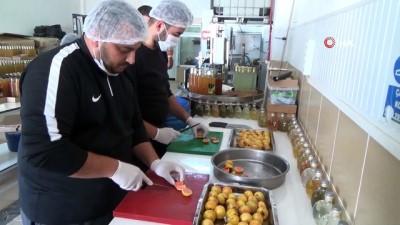 Türkiye'de üretilmeye başlayan 'guava'nın sirkesi yapıldı