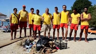 cankurtaran - Bodrum'da cankurtaranlar kıyı temizliği yaptı - MUĞLA