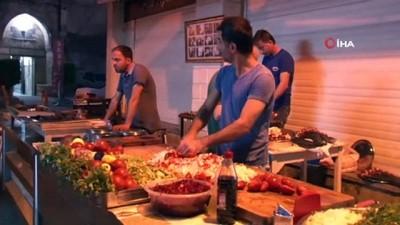 tarihi mekan -  Adanalıların pazar kahvaltısı 'Ciğer'