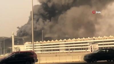 - Cidde'de Tren İstasyonunda Yangın