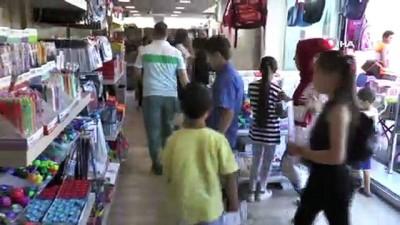 kirtasiye malzemesi -  Çarşı pazarda okul alışverişi yoğunluğu başladı