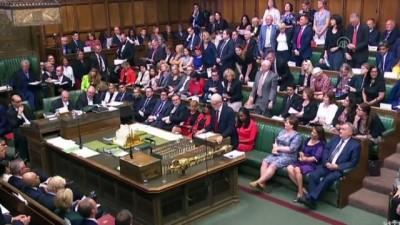 İngiltere'de hükümet parlamentodaki çoğunluğunu kaybetti - LONDRA
