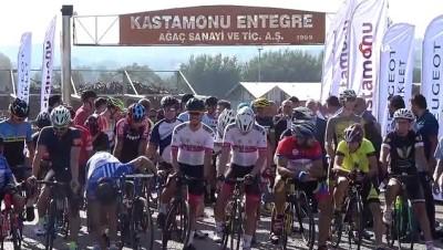 Bisikletçiler, Kastamonu Entegre'nin 50. yıl şenliğinde yarıştı