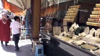 Kuyumcuda altın da ekmek de satılıyor - ORDU