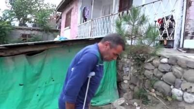 helal -  Bahçede çay içerken bacağından vuruldu, ''Kurşunu yedik verin bari çayımı içeyim' dedi