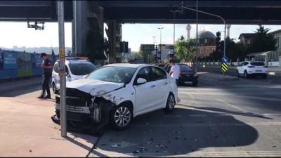 memur - Beyoğlu'nda polis midibüsü otomobille çarpıştı - İSTANBUL
