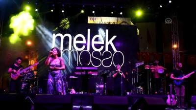 Melek Mosso Turgutlu'da konser verdi - MANİSA