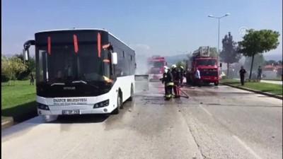 Halk otobüsünde yangın - DÜZCE