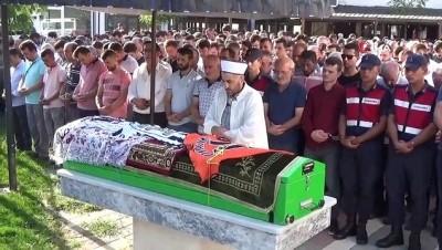 cenaze arabasi -  Üniversiteli Burcu gözyaşları arasında toprağa verildi