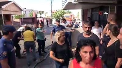 Zonguldak'ta bir evin çatı katı alev alev yandı