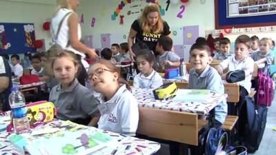 - Edirne'de ilk ders zili çaldı, 55 bin 251 öğrenci ders başı yaptı