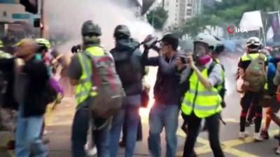protesto -  - Hong Kong'da eylemciler yılın ilk gününde yine sokaklara döküldü