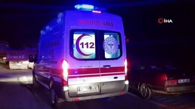 Kamyonet tıra çarptı: 1 ölü, 2 yaralı