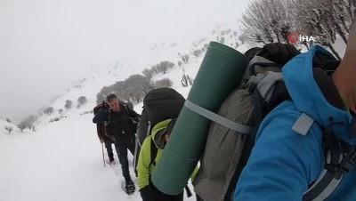 kis turizmi -  Nemrut Dağına tırmanan dağcılar tipi nedeniyle zirveye ulaşamadı